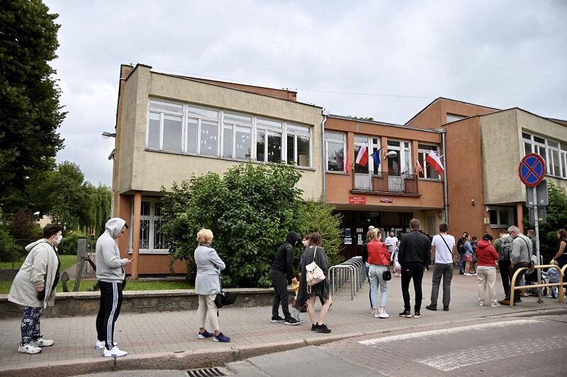 Szkoła Podstawowa nr 67 na Żabim Kruku, II tura wyborów Prezydenta RP, 12 lipca 2020 r.