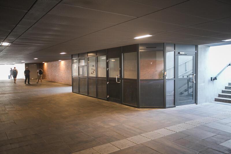 Przejście podziemne łączy Bramę Wyżynną z Forum Gdańsk. To atrakcyjne miejsce na prowadzenie działalności gospodarczej
