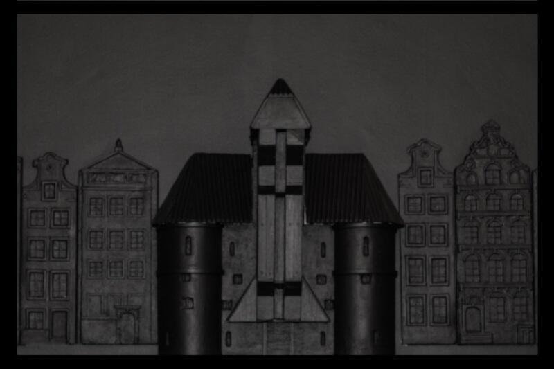 """Wystawa """"Niewidzialny Gdańsk"""" pozwala poznać historię naszego miasta i jego najważniejsze symbole zupełnie inaczej niż dotychczas. To pierwsza taka inicjatywa, angażująca zmysły inne niż wzrok"""