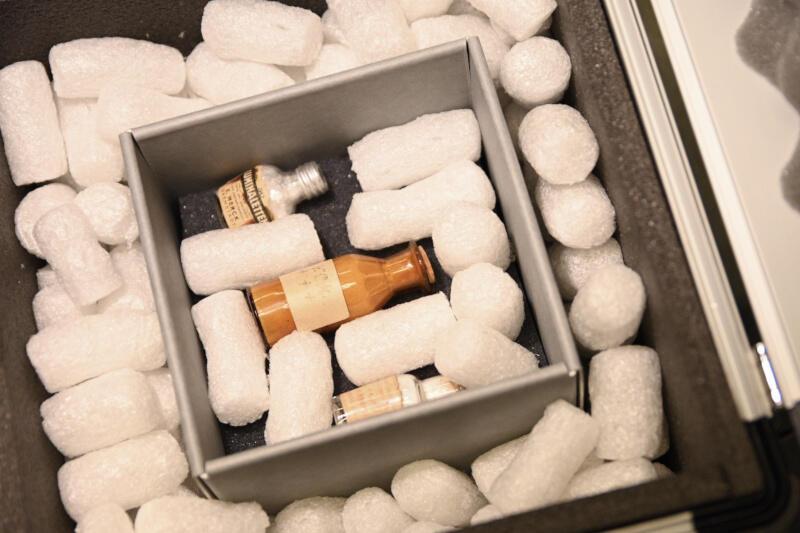 Cyjanek potasu zamknięty w fiolce trafił do zbiorów Muzeum II Wojny Światowej w czwartek, 23 lipca