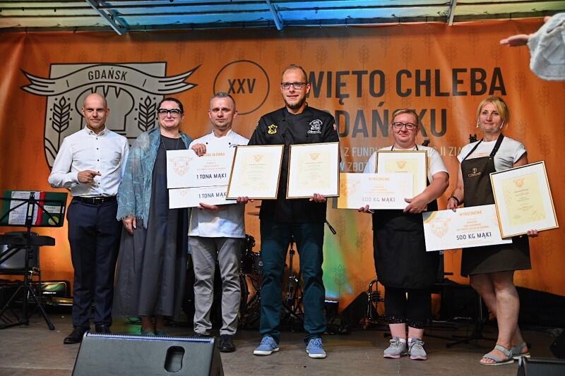 Laureaci jarmarkowego konkursu Smakołyk XXV Święta Chleba