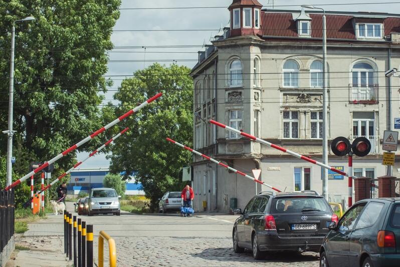 Przebudowany zostanie m.in. przejazd kolejowy w ul. Sandomierskiej na Oruni