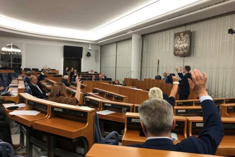 Świetny wynik pierwszego głosowania w Senacie RP nad projektem ustawy metropolitalnej dla województwa pomorskiego: 24 głosy ZA, zero PRZECIW, dwoje senatorów wstrzymało się