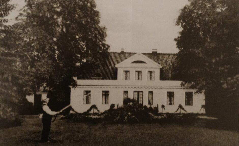 Dworek na początku XX wieku