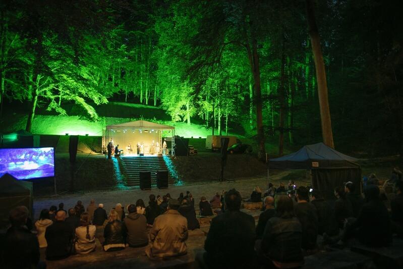 Teatr Leśny w Gdańsku, koncert Na Powstanie wyszłam jak na bal…