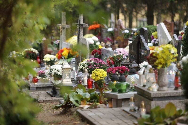 W Gdańsku powiększonych zostanie pięć cmentarzy
