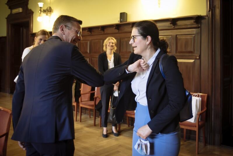 Spotkanie Prezydent Gdańska Aleksandry Dulkiewicz z prezydentem Parlamentu Bremeńskiego Frankiem Imhoffem odbyło się w gmachu Nowego Ratusza