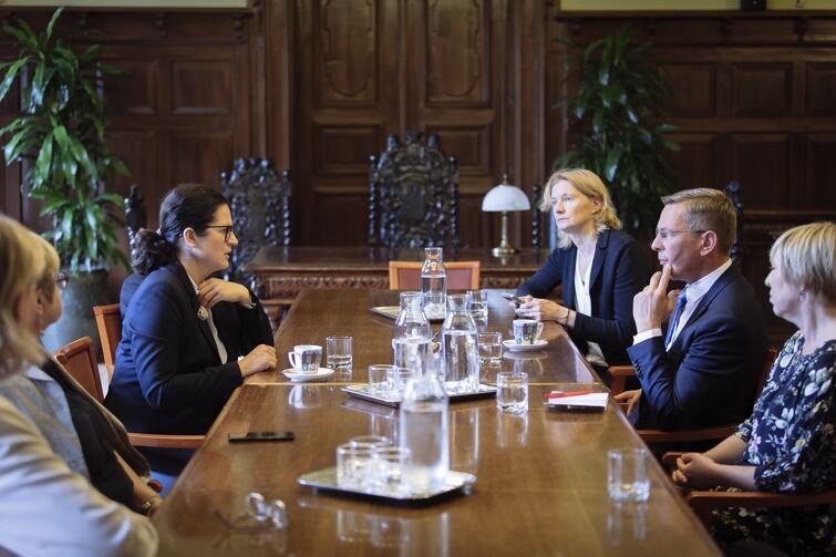 Samorządowcy rozmawiali m.in. o dalszej współpracy pomiędzy miastami i przypadającym w przyszłym roku jubileuszu 45-lecia partnerstwa Gdańska i Bremy