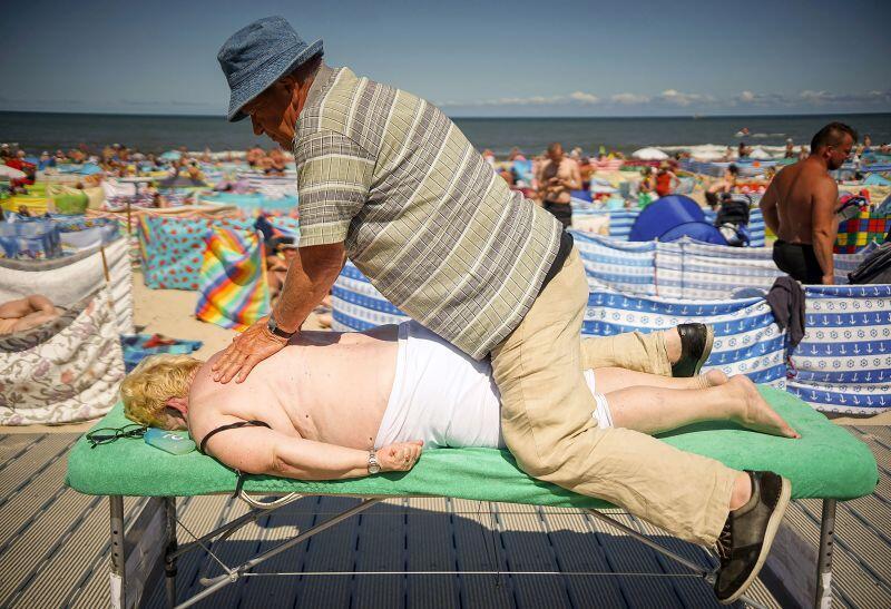 Jedno ze zdjęć fotoreportażu Plaża  - wyróżnienie w kategorii  Życie i świat wokół nas