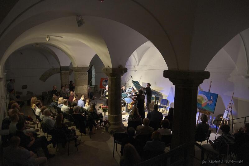 Kameralne koncerty na instrumentach historycznych odbywają się również w Muzeum Archeologicznym