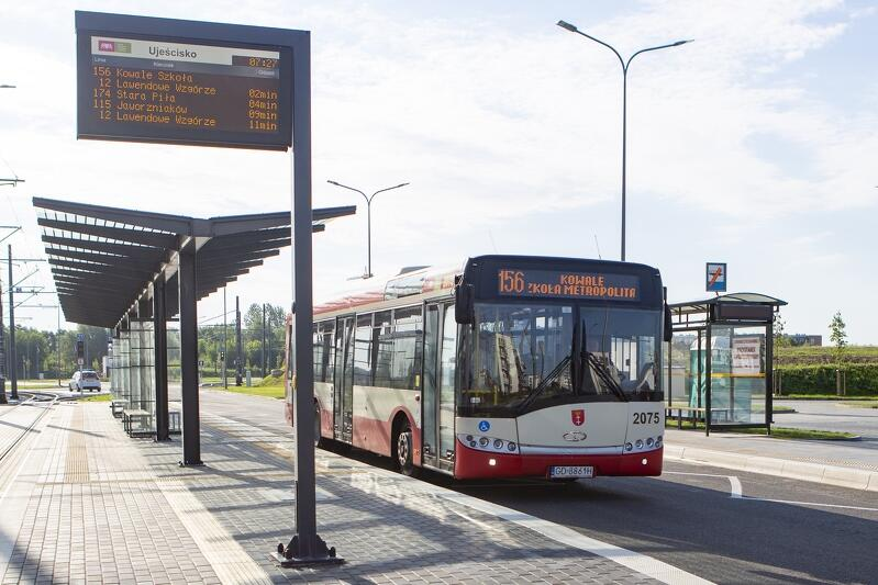 Wymiana tablic to kolejny sposób na udoskonalanie transportu publicznego przyjaznego dla mieszkańców i turystów