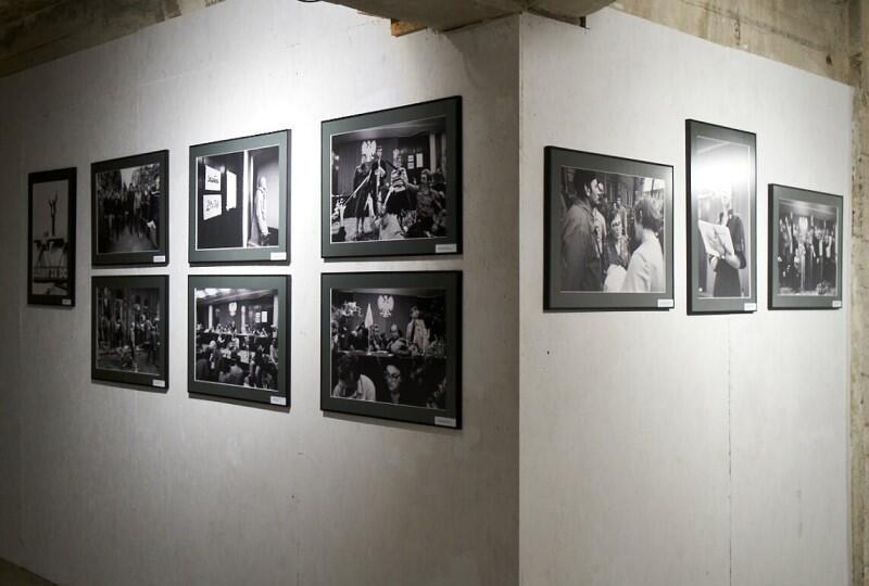 Przez najbliższe tygodnie archiwalne fotografie obejrzeć można na wystawie w WL4 na terenie dawnej Stoczni Cesarskiej