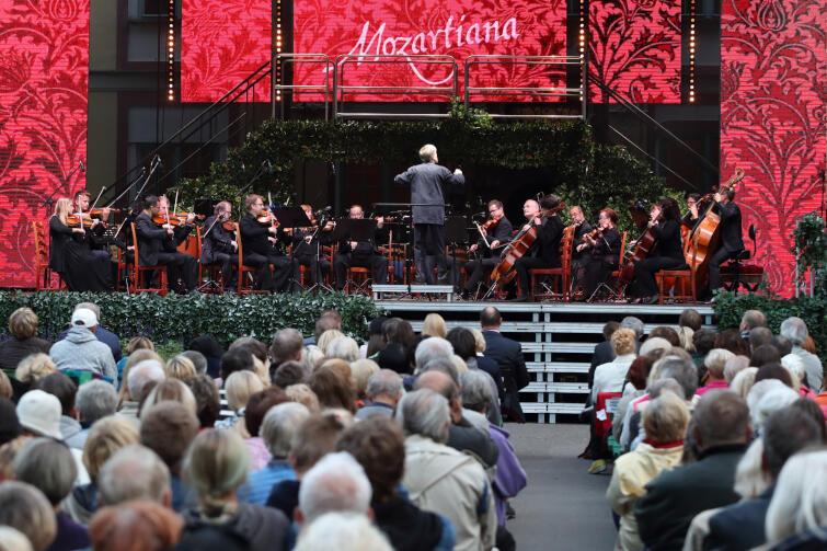 Wielkim wydarzeniem festiwalu co roku był Koncert Inauguracyjny na dużej scenie, po którym następowały kolejne cztery dni muzycznego święta. Niestety z powodu epidemii koronawirusa, w tym roku Mozartiana musiały zostać skrócone. Nz. koncert Romaina Leleu w 2017 roku
