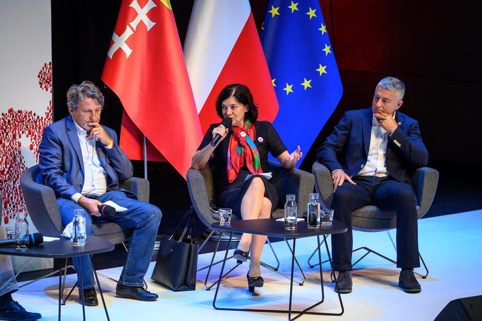 Bożena Rybicka-Grzywaczewska: - Uważam, że esencja i lekcja Solidarności została w sposób nieprawdopodobny odrobiona w czasie stanu wojennego