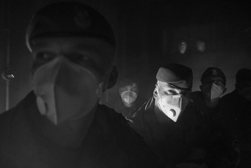 """Krzysztof Mystkowski, """"Żołnierze WOT"""" - Grand Prix w XXIV Pomorskim Konkursie Fotografii Prasowej im. Zbigniewa i Macieja Kosycarzy Gdańsk Press Photo 2020"""