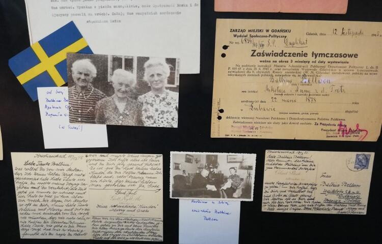 Pamiątki rodzinne przekazane do zbiorów Muzeum Poczty Polskiej przez Hannę Pietrzkiewicz, prawnuczkę Michała i Balabiny Bellwon