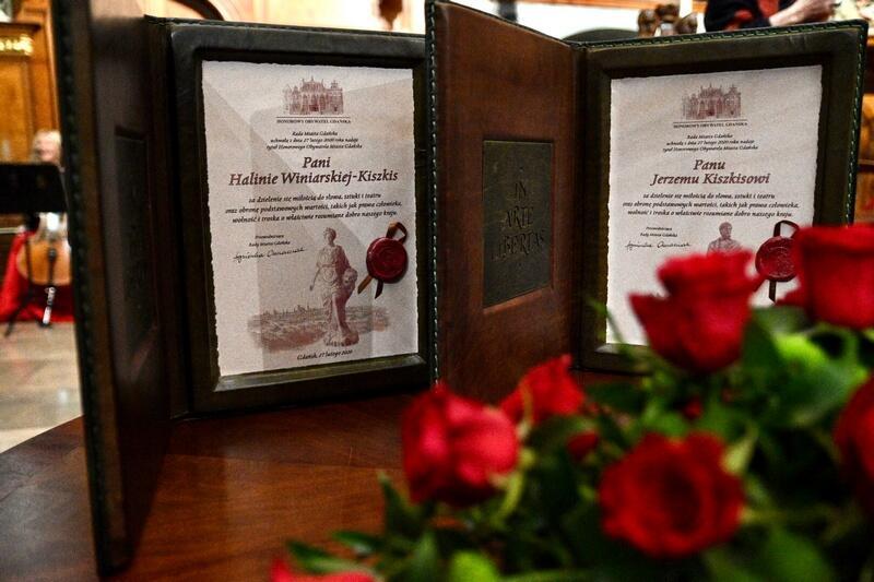 Dyplomy uhonorowanych