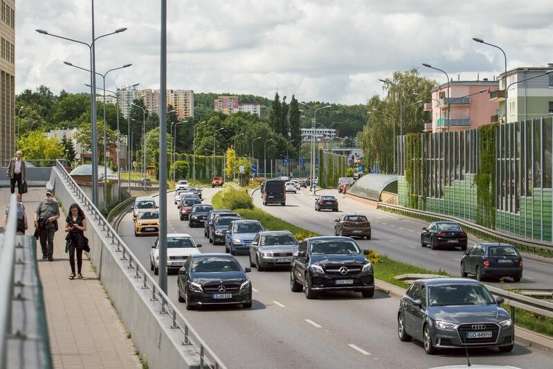 Al. Żołnierzy Wyklętych w Gdańsku, czerwcowe popołudnie 2020 r.