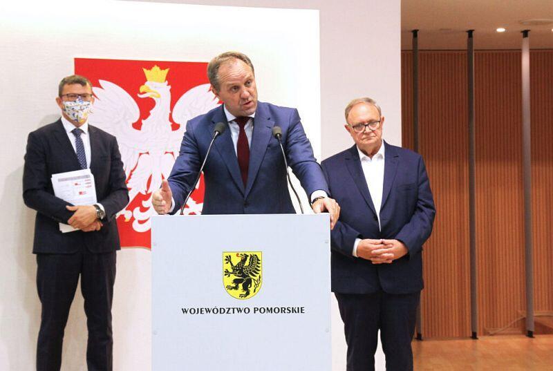 Mieczysław Struk, marszałek województwa pomorskiego: - W województwie pomorskim mamy ok. 100 tys. kotłowni i emitorów wysokoemisyjnych zanieczyszczających powietrze!