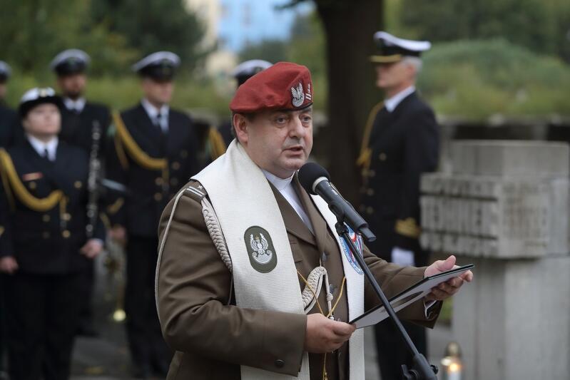 Nz. ks. prałat ppłk. Wiesław Okoń - proboszcz parafii pw. Matki Odkupiciela w Gdańsku - Wrzeszczu