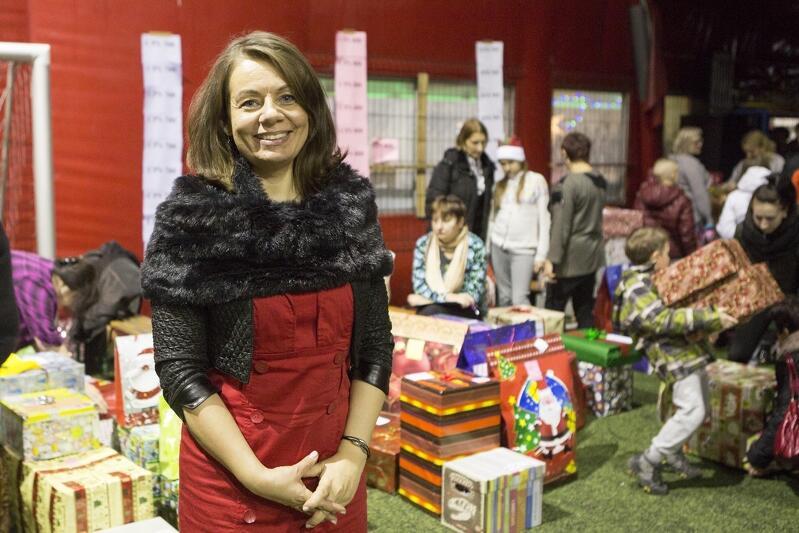 Nz. Magda Theus - pomysłodawczyni akcji Każdy może pomóc  podczas IV finału w 2015 roku