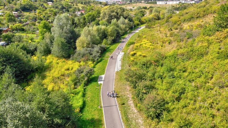Nowy odcinek połączy się z wybudowaną ścieżką pieszo-rowerową z Łostowic do Parku Oruńskiego