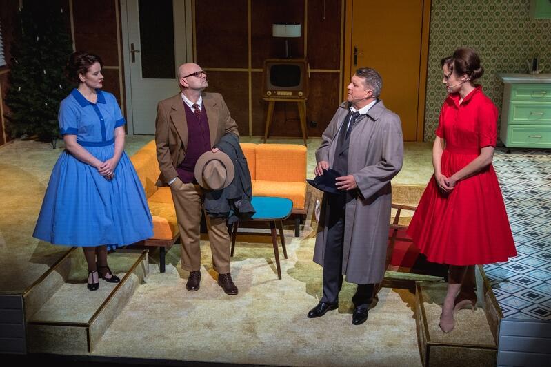 """Spektakl """"Nora"""" (""""Dom lalki"""") Henrika Ibsena w reżyserii Radosława Rychcika zainauguruje sezon teatralny 2020/2021 w Teatrze Wybrzeże. Premiera odbędzie się w piątek, 23 października, w Starej Aptece."""