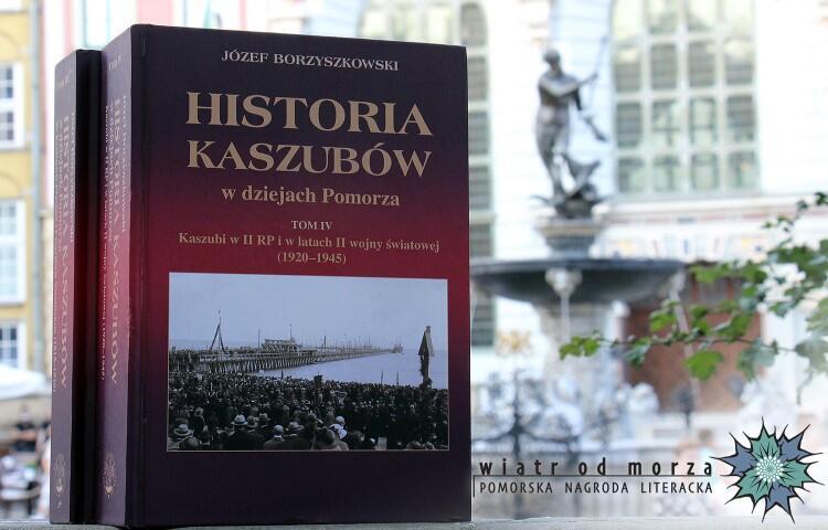 Pomorską Książką Roku 2019 została monografia Historia Kaszubów w dziejach Pomorza  tomy III-V autorstwa prof. Józefa Borzyszkowskiego oraz prof. Cezarego Obrachta - Prondzyńskiego