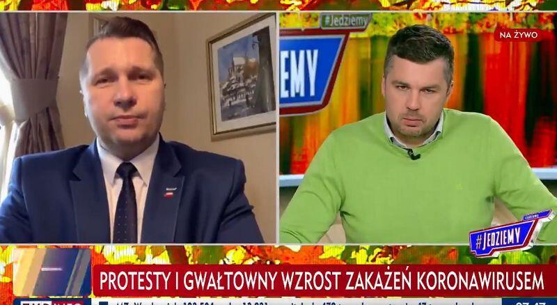 Rozmowa z ministrem Przemysławem Czarnkiem (po lewej) w TVP Info