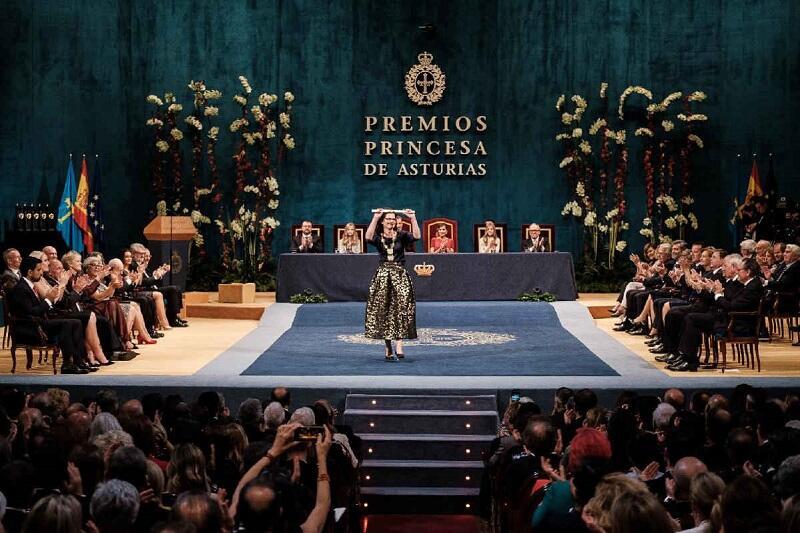 Prezydent Gdańska odbiera Nagrodę Księżnej Asturii w kategorii Zgoda