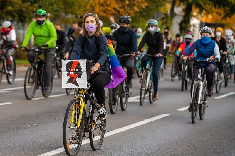 W blokadzie rowerowej udział wzięło ok 2 tysiące osób, po raz pierwszy blokada miasta odbyła się z pomocą rowerów