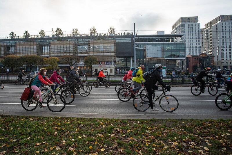 Blokada rowerowa na wysokości Oliwy, raz zdarzyło się, że trzeba było utworzyć korytarz życia dla przejeżdżającej trasą wydarzenia karetki