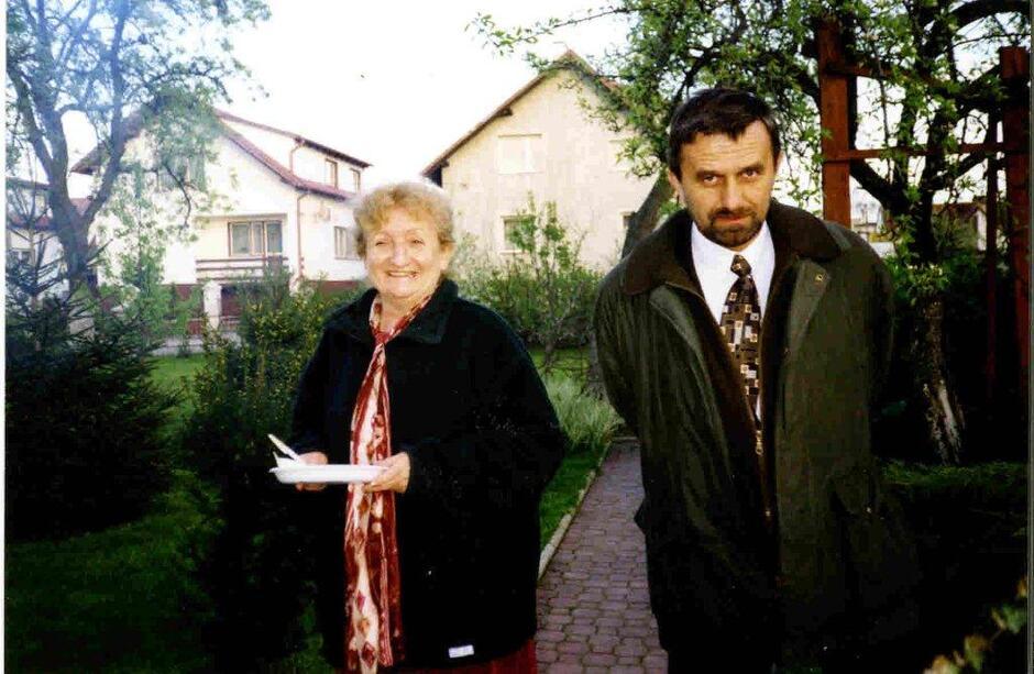"""Małgorzata Gładysz i Janusz Granatowicz kilka dni po wygranych wyborach """"okrągłostołowych"""" w 1989 roku"""