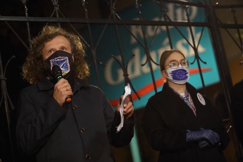 Nz. Jacek Karnowski - prezydent Sopotu i Magdalena Adamowicz - żona śp. Pawła Adamowicza, zamordowanego w 2019 roku prezydenta Gdańska