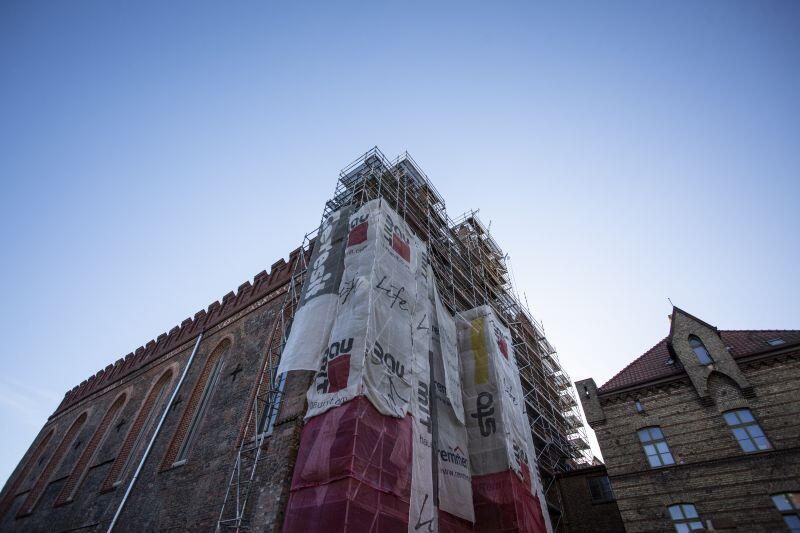 Remont elewacji zachodniej kościoła św. MIkołaja