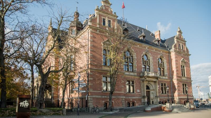 Siedziba Rady Miasta Gdańska zostanie podświetlona w kolorach tęczy