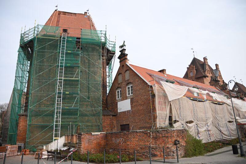 Obecny widok Domu Harcerza. W obiekcie trwa remont dachu
