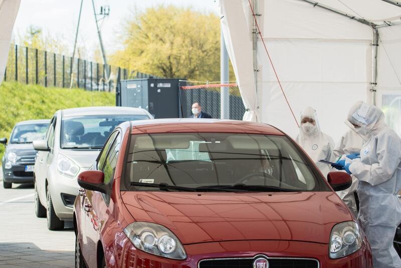 Centrum Testowe COVID-19 drive-thru przy stadionie w Letnicy działa od kwietnia
