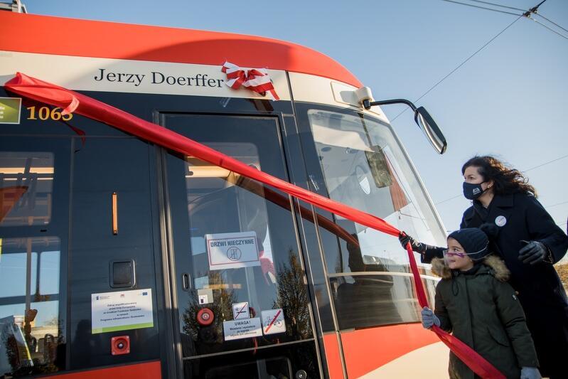 Już 57 gdańskich tramwajów ma swoich patronów