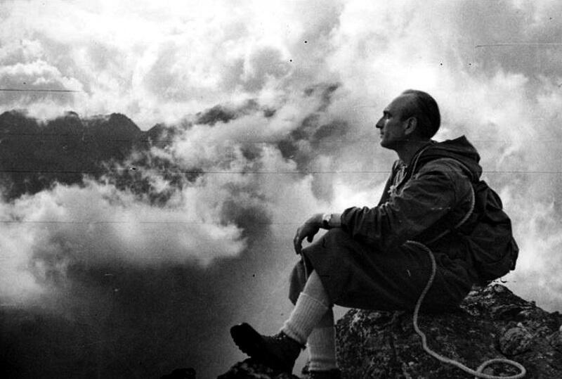 Pasją prof. Antoniego Hlavatego były góry, współzakładał Klub Wysokogórski Trójmiasto, był także jego prezesem