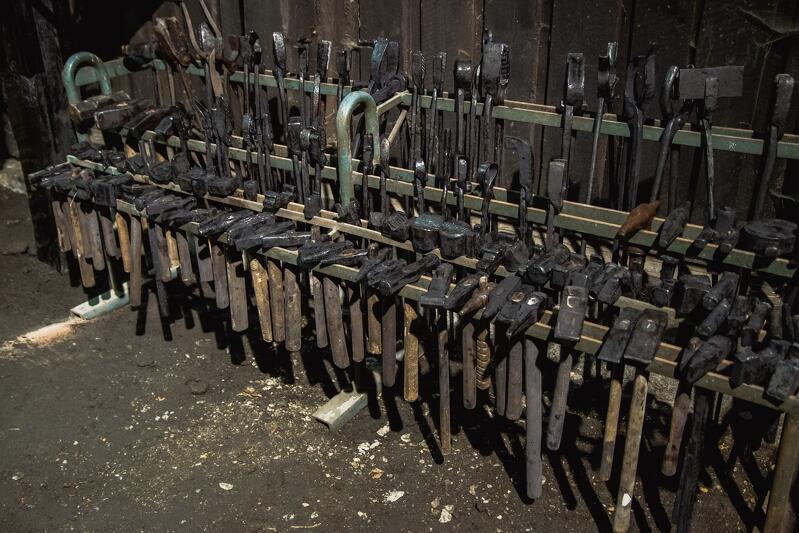 Wszystkie narzędzia są sprawne, będą służyć kolejnym pokoleniom pasjonatów kowalstwa