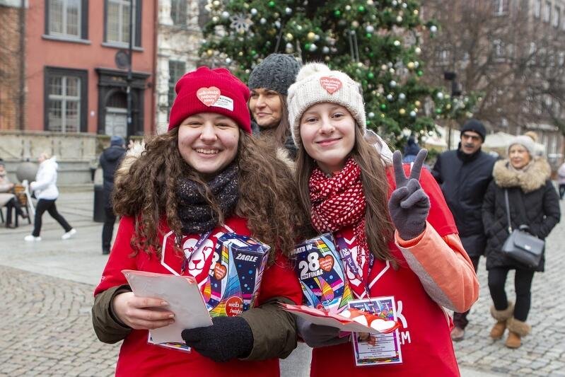 Wolontariusz ma możliwość zgłoszenia się za pomocą strony iwolontariusz.wosp.org.pl i samodzielnego uzupełnienia formularza zgłoszeniowego. Osoby niepełnoletnie powinny poprosić opiekuna (rodzica) o pomoc i założenie konta opiekuna wolontariusza
