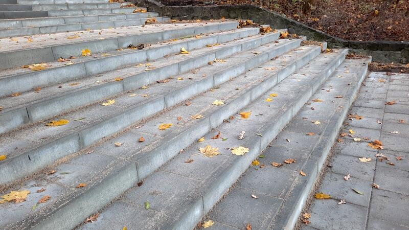 Nowe schody prowadzące na Wronią Górkę są niemal gotowe