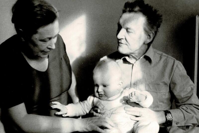 Lech Bądkowski z żoną i córką, Sławiną Kosmulską