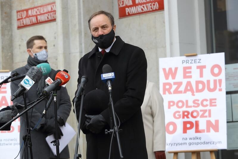 Marszałek Mieczysław Struk: Dzisiaj jesteśmy tu, bo obawiamy się wyników szczytu Unii Europejskiej, które zdecydują o losach każdego regionu Polski, o losach naszej ojczyzny