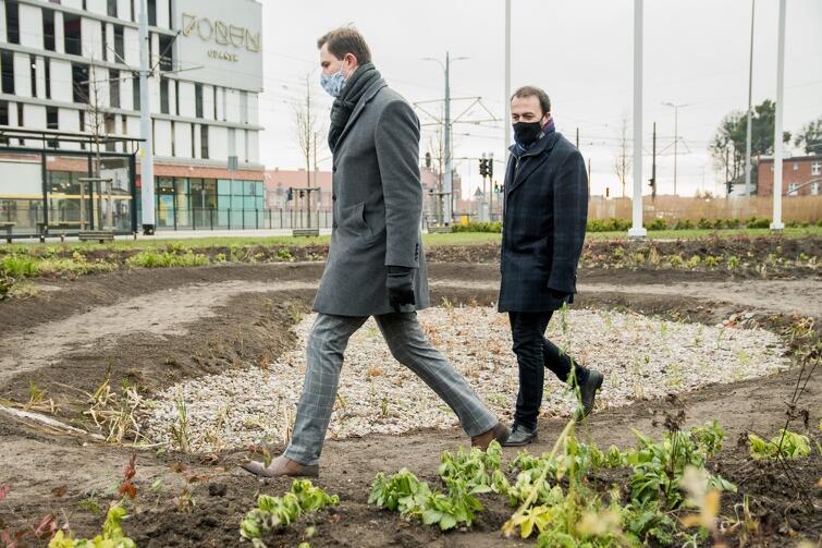 Zakończoną inwestycję wizytowali w tym tygodniu wiceprezydent Piotr Grzelak i prezes Ryszard Gajewski