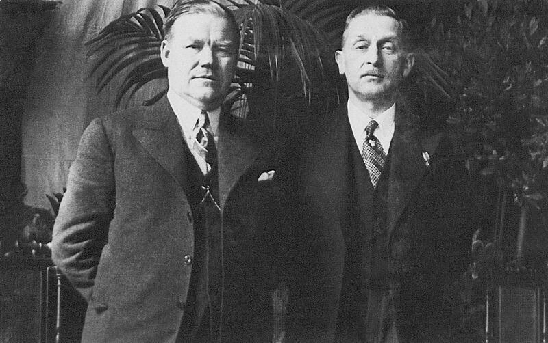 Polscy posłowie do Volkstagu Antoni Lendzion (z lewej) i Bronisław Budzyński