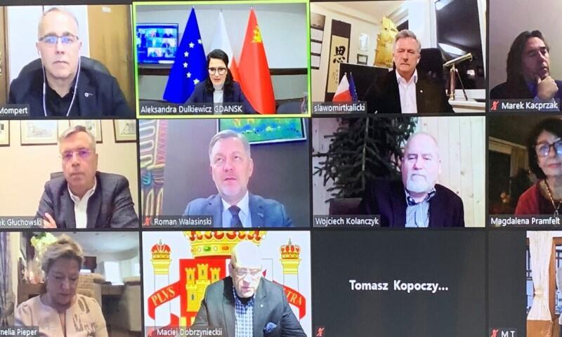 Spotkanie prezydent Gdańska z konsulami honorowymi odbyło się w trybie online
