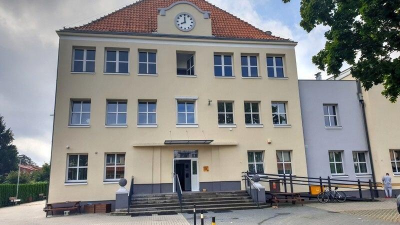 Szkoła Podstawowa nr 24 w Gdańsku w pełnej termomodernizacyjnej krasie