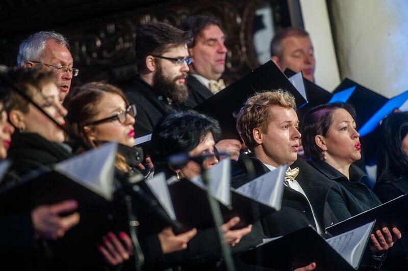 Cappella Gedanensis to zespół wokalno-muzyczny koncertujący na całym świecie, od 1992 roku ma status instytucji kultury Miasta Gdańska
